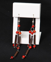 Bamboo and huayruru earrings made by artisans from Jenaro Herrera - Photo by Jennifer Nagel/CACE