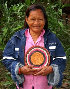 Bora artisan with tapete. Photo by Campbell Plowden/Center for Amazon Community Ecology