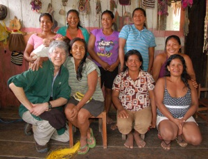 Campbell Plowden with Huitoto artisans from Puca Urquillo