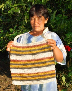 Ocaina artisan Gloria Vasquez with large chambira xicra