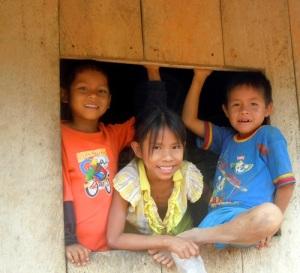 Kids at Yagua village San José de Piri