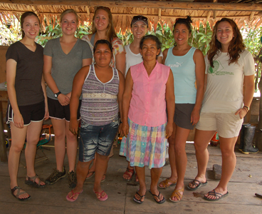Grand Valley University students with Chino artisans Romelia and Rosa. Photo by C. Plowden/CACE