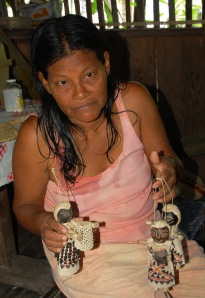 Carlina Davila, Huitoto artisan from Puca Urquillo. Photo by Campbell Plowden/Center for Amazon Community Ecology