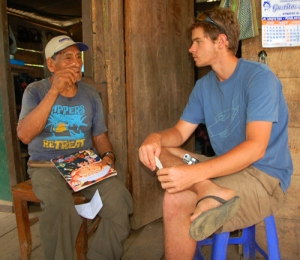 Robin van Loon with shaman Don Ignacio Duri at Infierno © Photo by Campbell Plowden/Center for Amazon Community Ecology