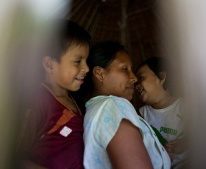 Yagua family in Santa Lucia de Pro.  Photo by Anna Loshkin/Center for Amazon Community Ecology