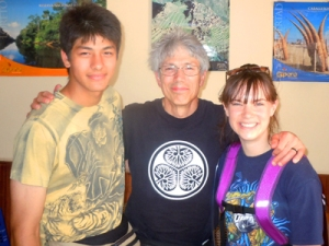 Luke and Campbell Plowden with Amrit Moore in Iquitos. © Photo by Yully Rojas/Center for Amazon Community Ecology