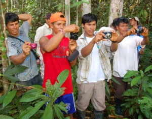 Digital camera workshop for Bora men. Photo by Campbell Plowden/Center for Amazon Community Ecology