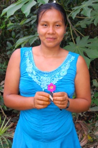 Bora native artisan Gisela Ruiz from Brillo Nuevo with hair barrette. Photo by Campbell Plowden/Center for Amazon Community Ecology