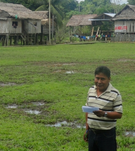 Head teacher at Brillo Nuevo. Photo by Amrit Moore/Center for Amazon Community Ecology