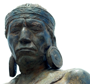 Maijuna statue at Puerto Huaman. Photo by Campbell Plowden/Center for Amazon Community Ecology